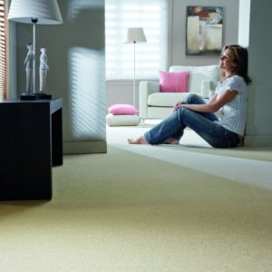 saxony king carpet 600 white